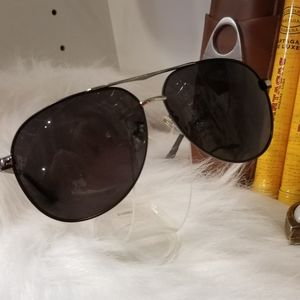Mercedes Benz polorized aviator glasses